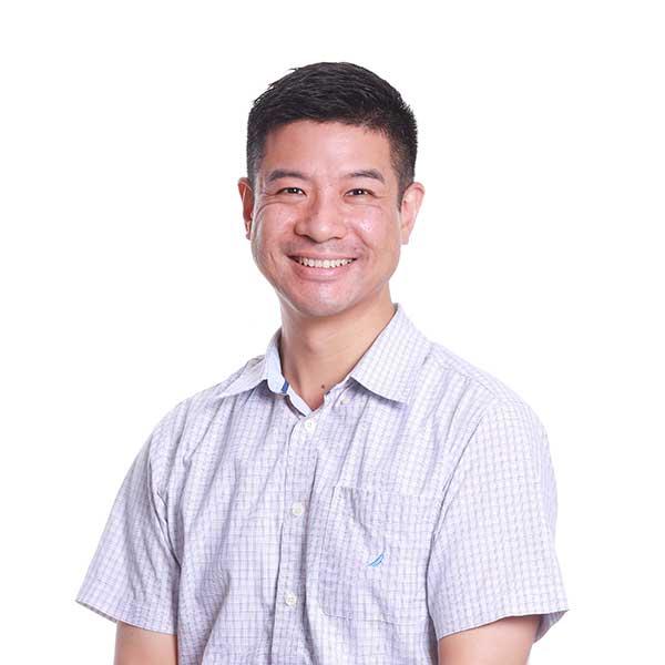 Kin Wei Lee Bandweaver